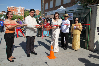 Filipino Community in Madrid Holds Barrio Fiesta 2015