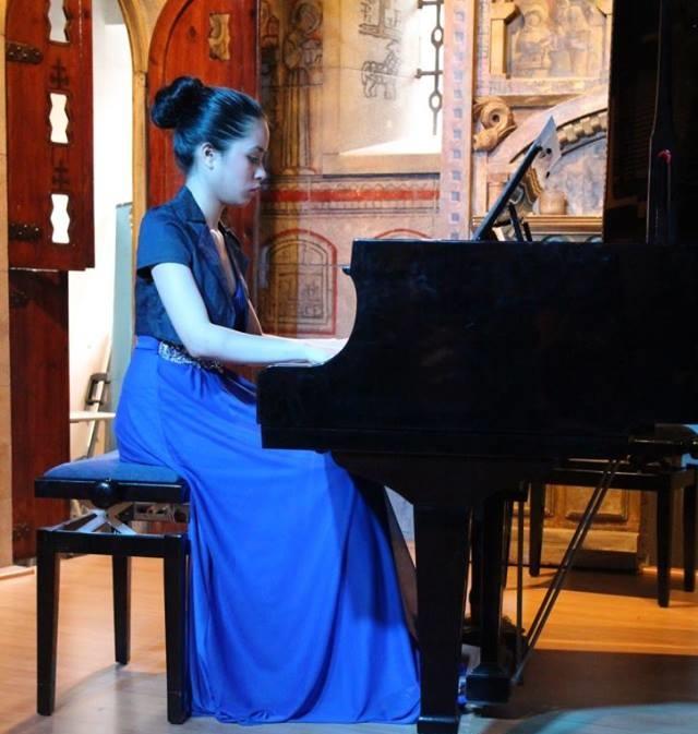 Filipino-Spanish J. Marina Gomez playing some Filipino classical music.