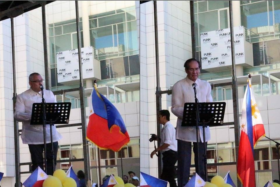 Left: Honorary Consul General Jordi Puig Roches giving his Welcome Remarks; Right: Ambassador Carlos C. Salinas delivering his Message.