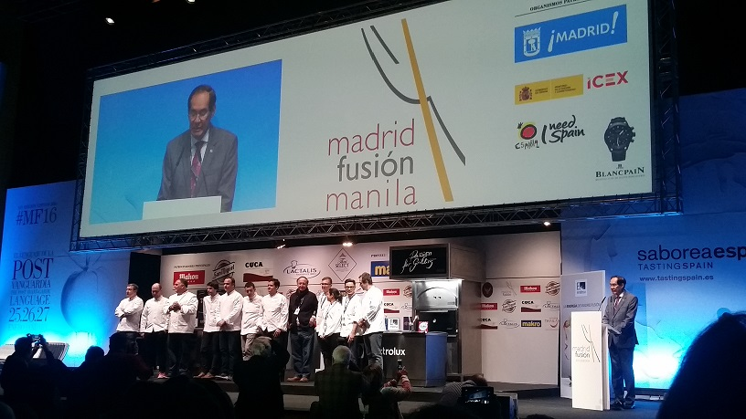 Ambassador Carlos C. Salinas delivering his message on the launching of 2016 Madrid Fusion Manila at the Pabellon de los Congresos with participating Filipino and Spanish chefs.