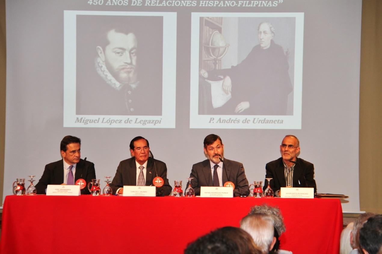 Mr. Fidel Sendagorta, Amb. Salinas, Sec.Gen Ponga, Rev. Fr. Javier Antolín Sánchez giving their opening remarks.