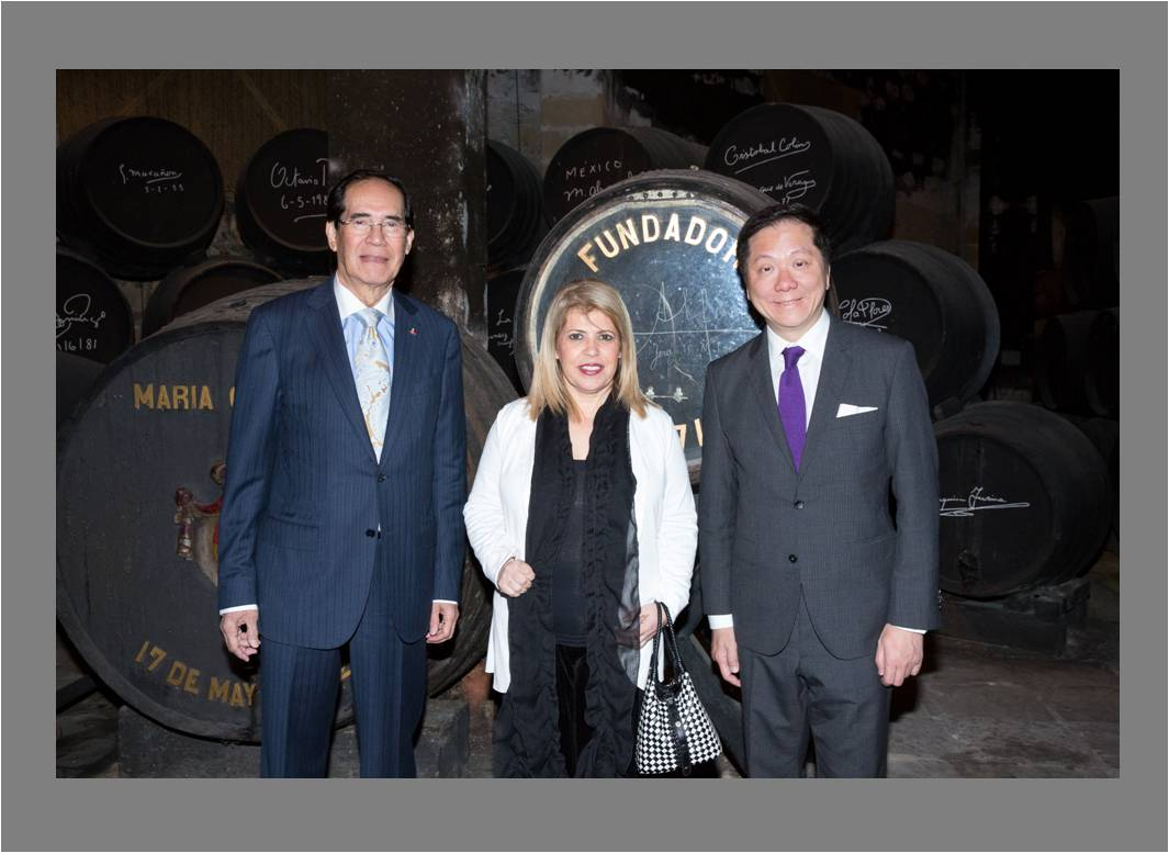 Photo courtesy of Bodegas Fundador. L-R: Ambassador Carlos C. Salinas, Mayor María del Carmen Sánchez Díaz,, Dr. Andrew L. Tan